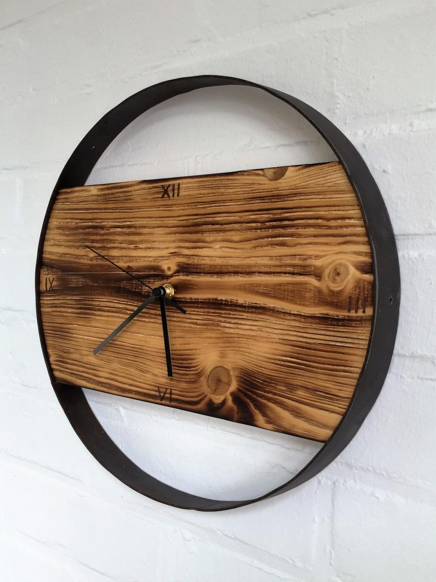 Uhr Rustikal